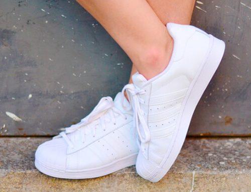 A onda dos sapatos inteiramente brancos