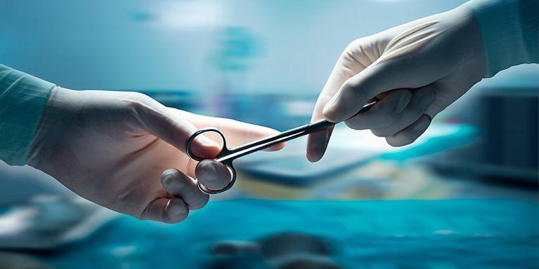 cirurgião plástico