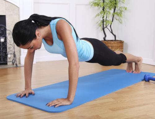 5 exercícios para você fazer em casa e eliminar os quilinhos a mais