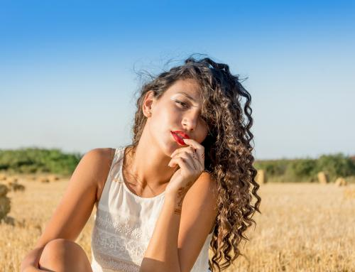6 dicas para ajudar a usar o cabelo natural nesse verão