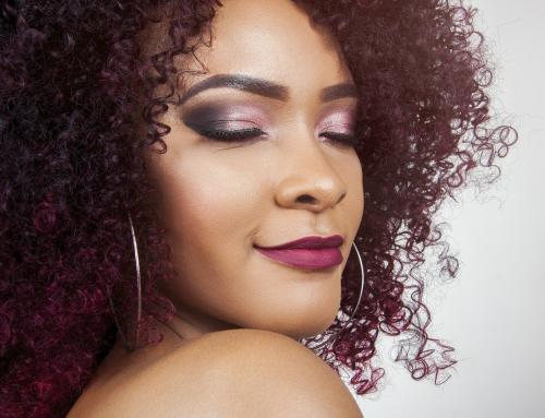 5 cuidados essenciais para quem tem o cabelo crespo